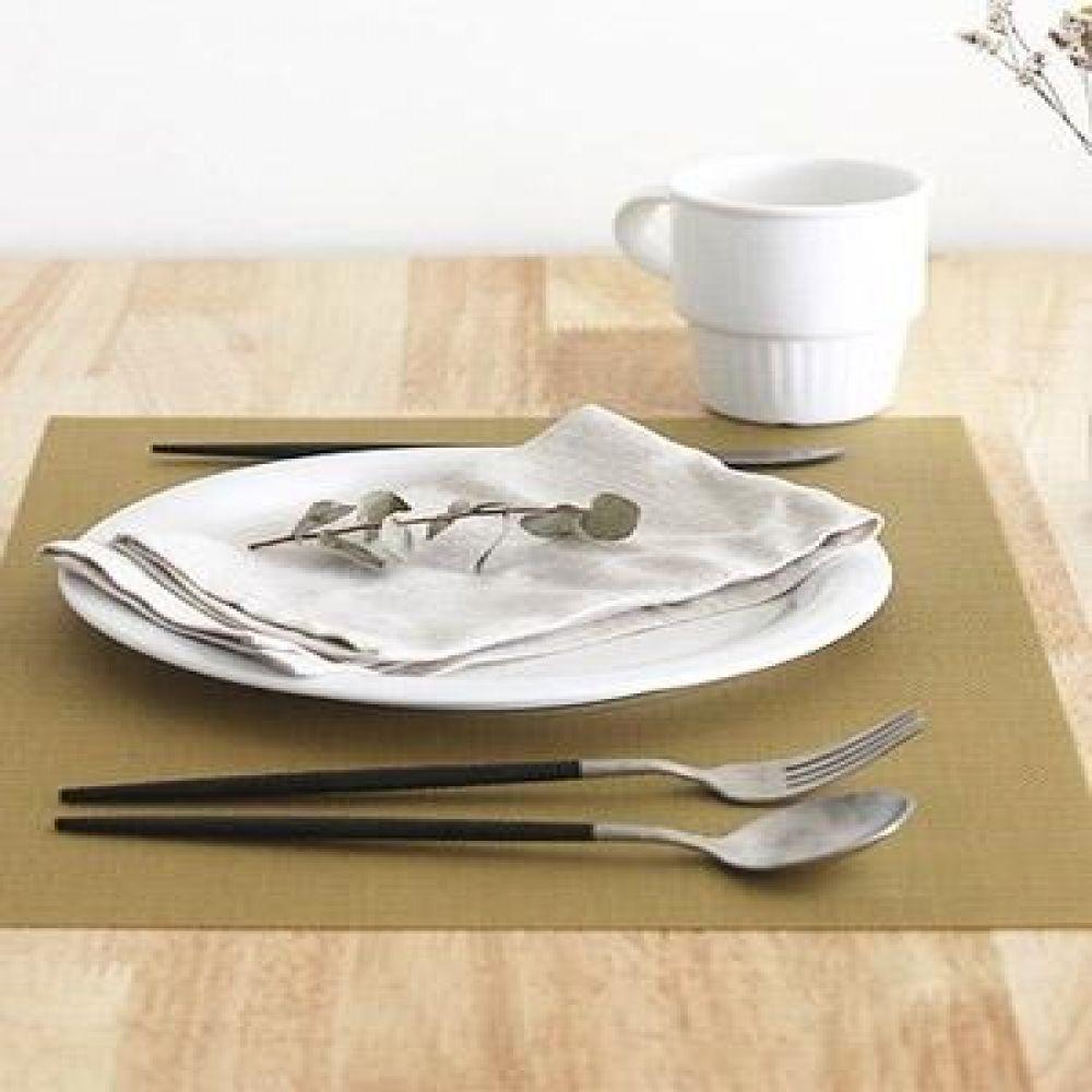 클라시 매쉬 테이블매트 (3color) 인테리어소품 장식소품 주방소품 주방용품 식탁인테리어