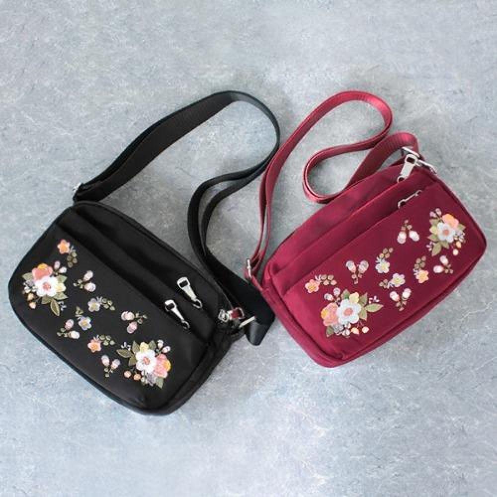 OR_HOO033 꽃자수 여성크로스백 데일리가방 캐주얼크로스백 디자인크로스백 예쁜가방 심플한가방