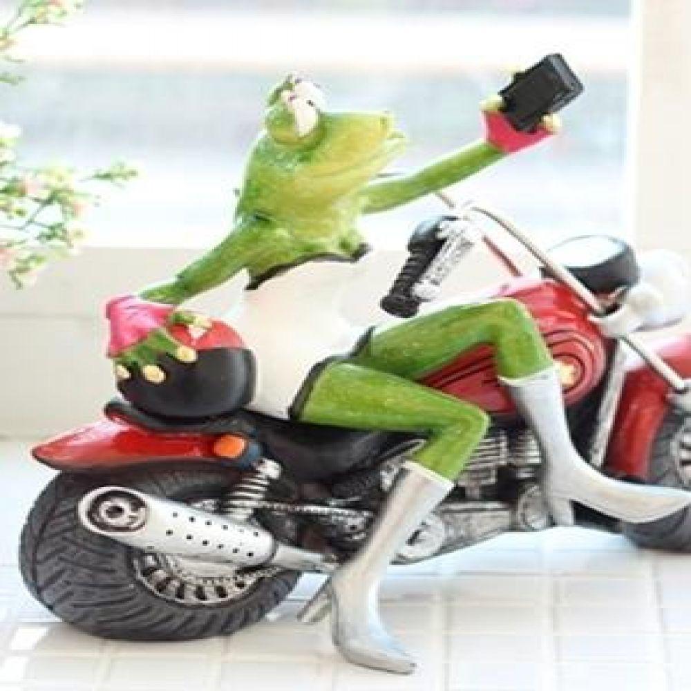셀카 미녀 개구리 오토바이 마블소품 개구리소품 개구리장식품 장식인형 장식소품 인테리어소품