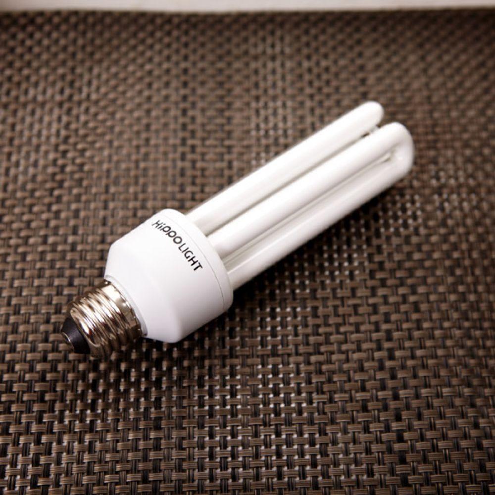 전구 25W 주광색 조명 전등 주광색 전등 전구 조명