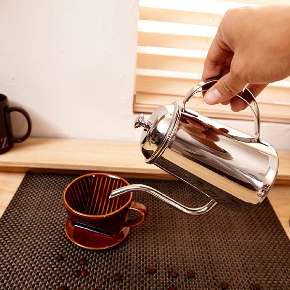 핸드드립포트 700ml 주전자 커피주전자 커피포트 커피주전자 포트 주전자 핸드드립 커피포트