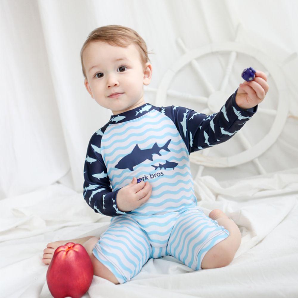 바닷속 상어 유아 래쉬가드(1-6세) 203809 아기래쉬가드 유아래쉬가드 자외선차단래쉬가드 신생아래쉬가드 래쉬가드 조이멀티 엠케이 예쁜래쉬가드 귀여운래쉬가드 일체형래쉬가드