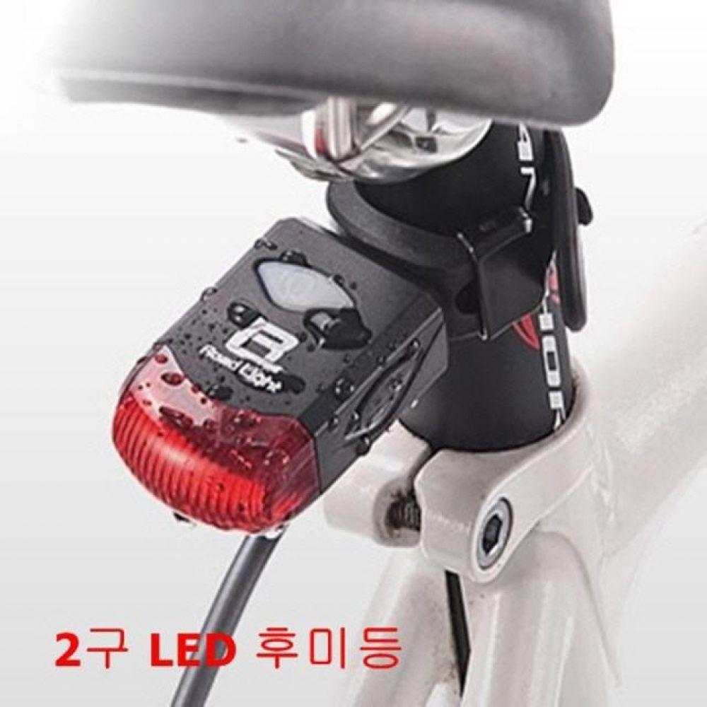 다용도 2구 LED 라이트 후미등 USB 충전 생활방수 컴퓨터용품 PC용품 컴퓨터악세사리 컴퓨터주변용품 네트워크용품 자전거전조등 자전거후미등 자전거led라이트 자전거스마트폰거치대 자전거라이트거치대 자전거용품 자전거후레쉬 자전거랜턴 자전거악세사리 자전거헬멧