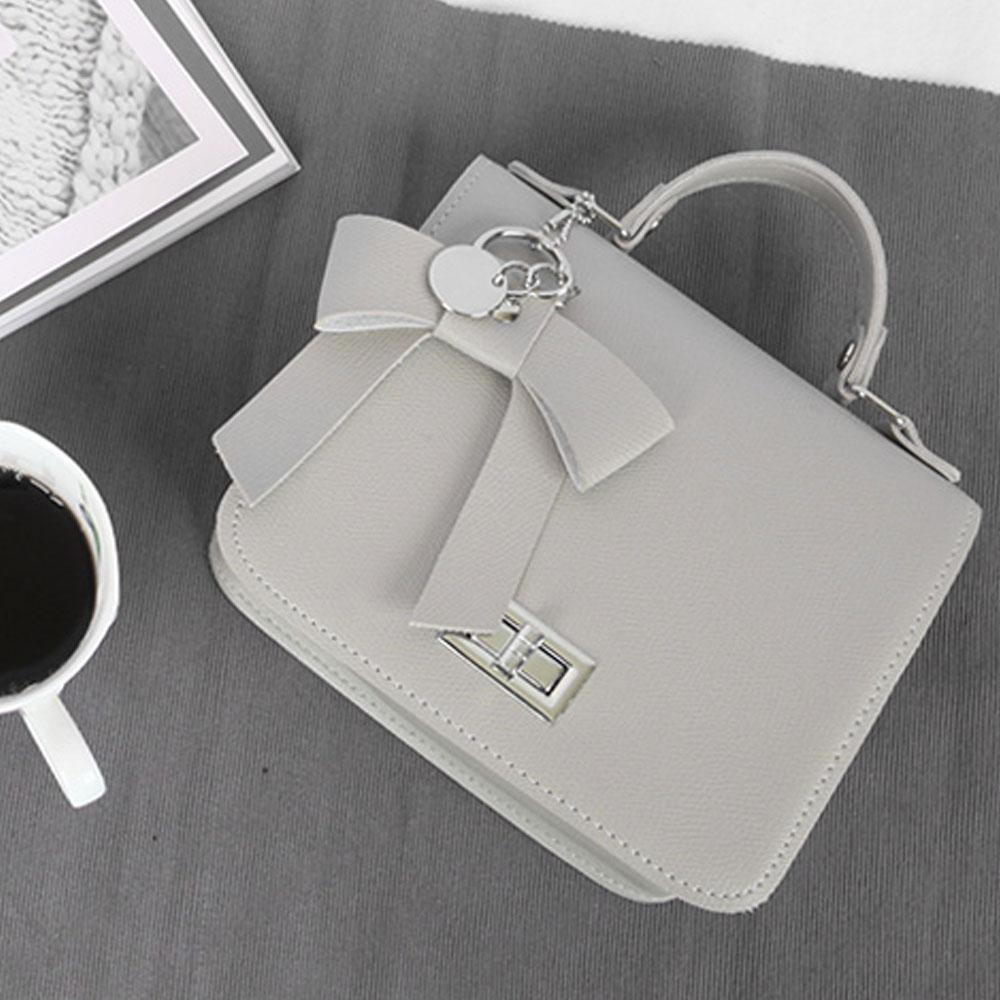 그레이 여성 귀여운 스타일 핸드백 크로스 리본 장식 이쁜핸드백 손가방 이쁜가방 20대 30대