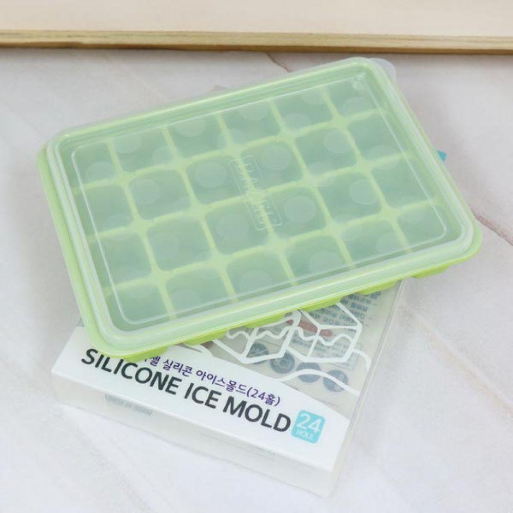 아이스몰드 24홀 랜덤발송 얼음트레이 얼음틀 실리콘 얼음틀 얼음트레이 아이스큐브 실리콘 얼음통
