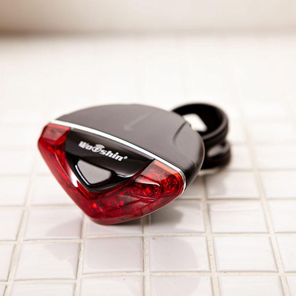V5 LED 자전거 후미등 자전거용품 안전주행후방불빛 안전등 자전거후미등 자전거라이트 안전주행후방불빛 후미안전경고