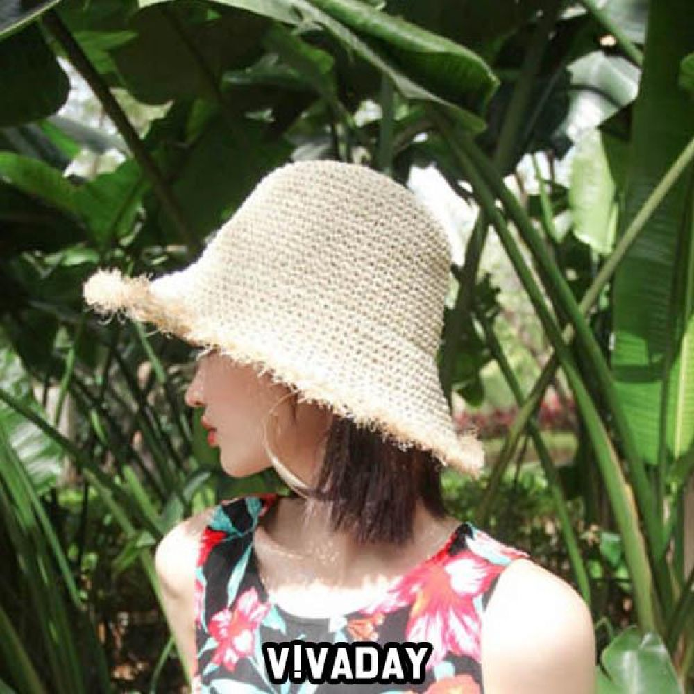 LEA-A126 벙거지 밀짚모자 패션잡화 비니 니트 장갑목도리 모자 머플러 내복 브라 언더웨어