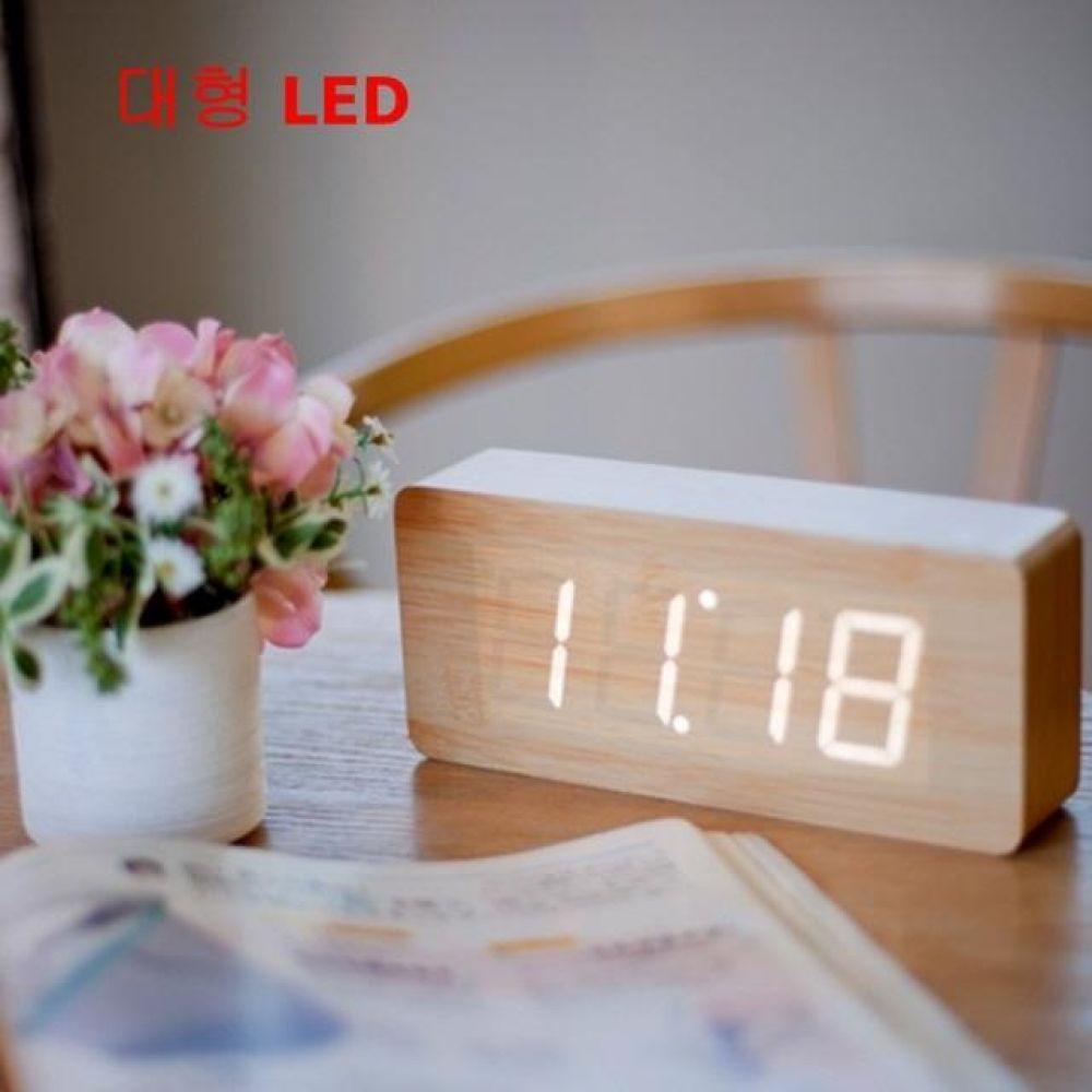 LED 탁상용 디지털 알람시계 대형 컴퓨터용품 PC용품 컴퓨터악세사리 컴퓨터주변용품 네트워크용품 무소음알람시계 특이한알람시계 자명종시계 탁상시계 캐릭터알람시계